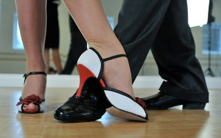 Feet-temp tango teachers